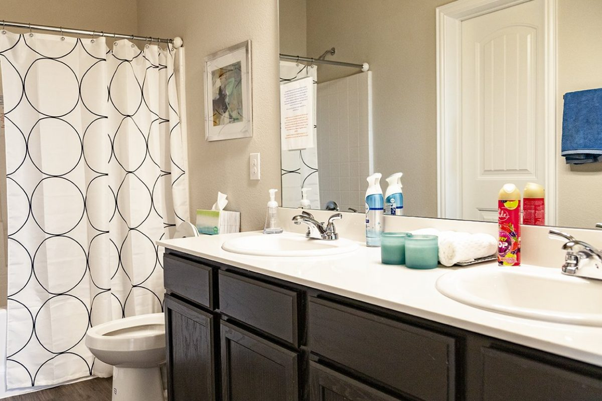 Camden Parks Farmersville, TX - Model master bathroom
