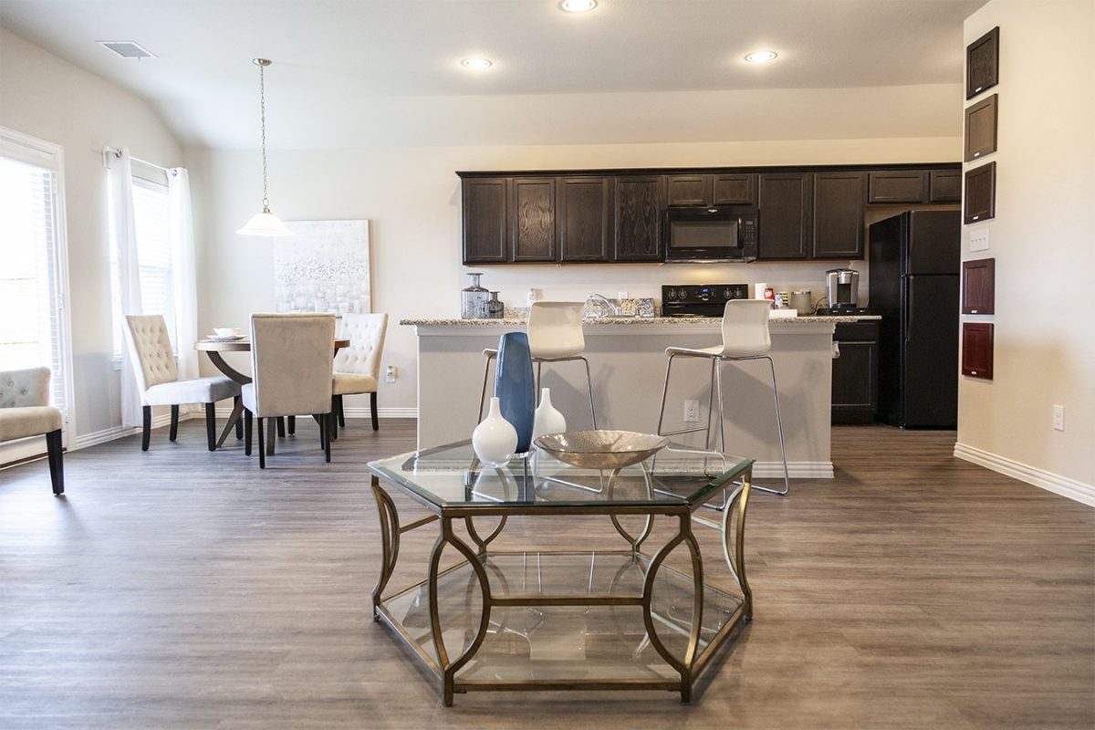 Camden Parks Farmersville, TX - Model kitchen & dining room